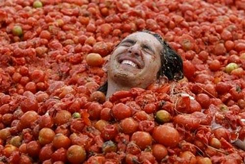 """La Tomatina"" в Испании"