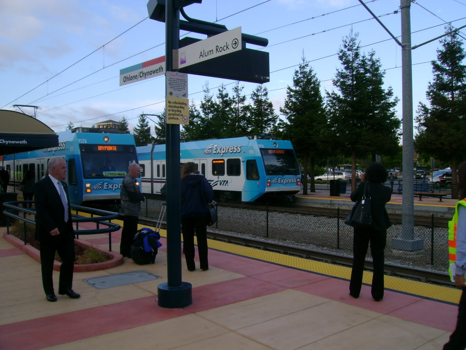 Attractive When A Northbound Express Train Arrives, Another One Deadheads To Santa  Teresa. Nice Ideas