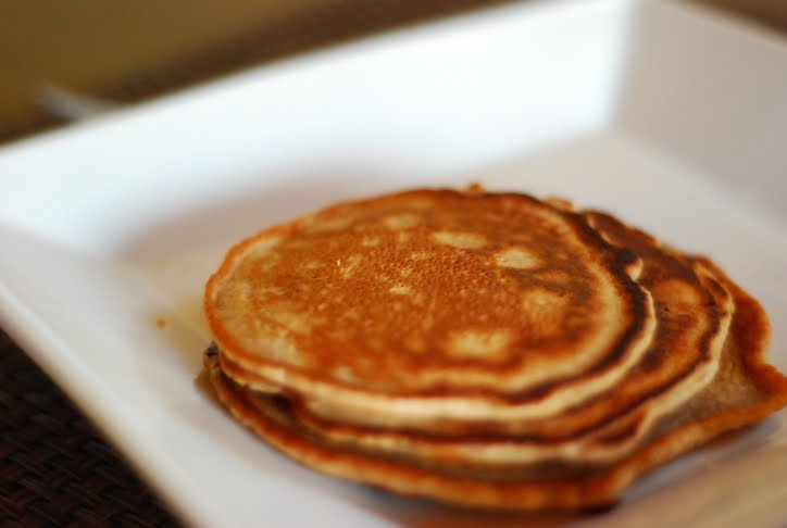 Spindles and Spices: Cinnamon Apple Rice Pancakes