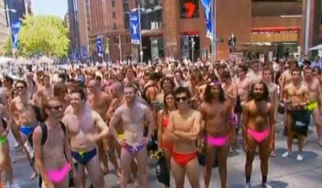 Swimwear Parade Record Attempt Fails In Sydney