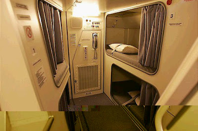 Singapore Airline bed.