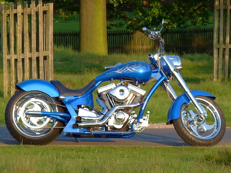 who likes bikes? Harley-davidson-cars-motorbike-petrol_1623093