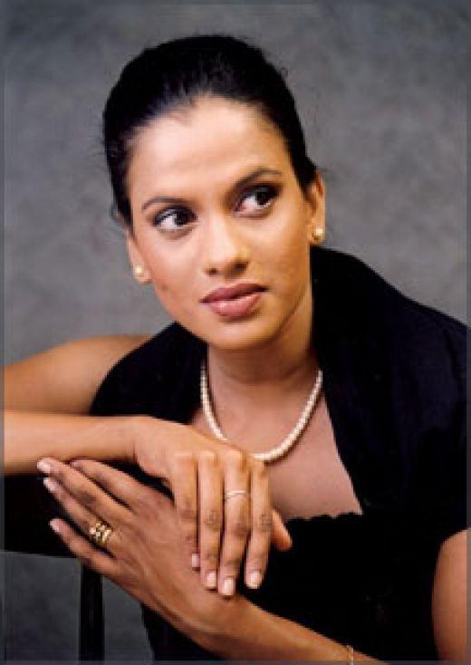 Sangeetha Weeraratne - Ridee Reyak