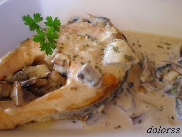 Blog de cuina de la dolorss salm n a la crema de champi ones - Salmon con champinones ...