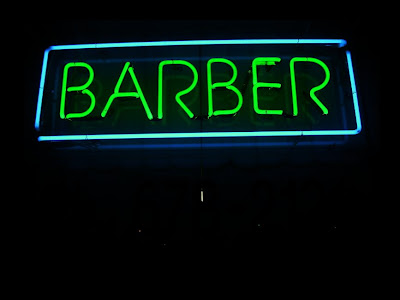 NEONbarber Copyright 2009 Cosanostradamus blog me no blogs