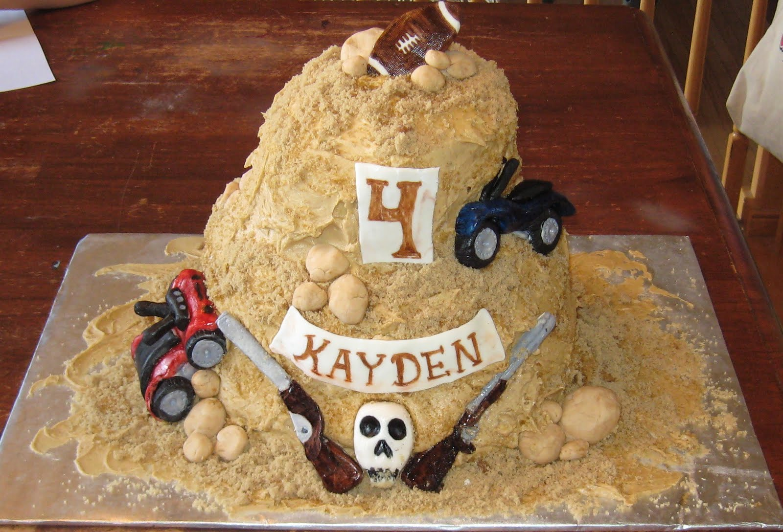 The Request A Pile Of Dirt I Was Thinking OK Easy Can Do Then Came Rest Requesta Fondant 4 Wheeler Bike