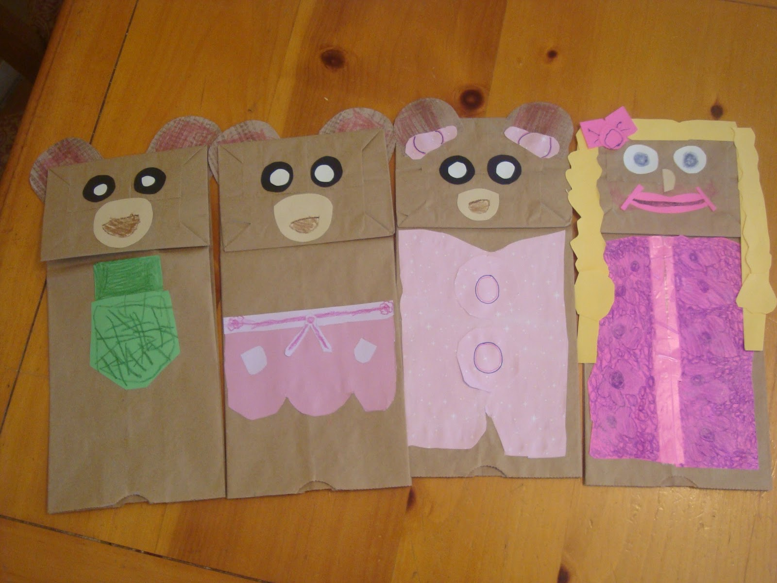 Paper bag activity - Another Simple Activity For Rainy And Cold Days Is Take Brown Lunch Bags And Make Hand Puppets We Took The Bags And Made Our Own Goldilocks And The Three