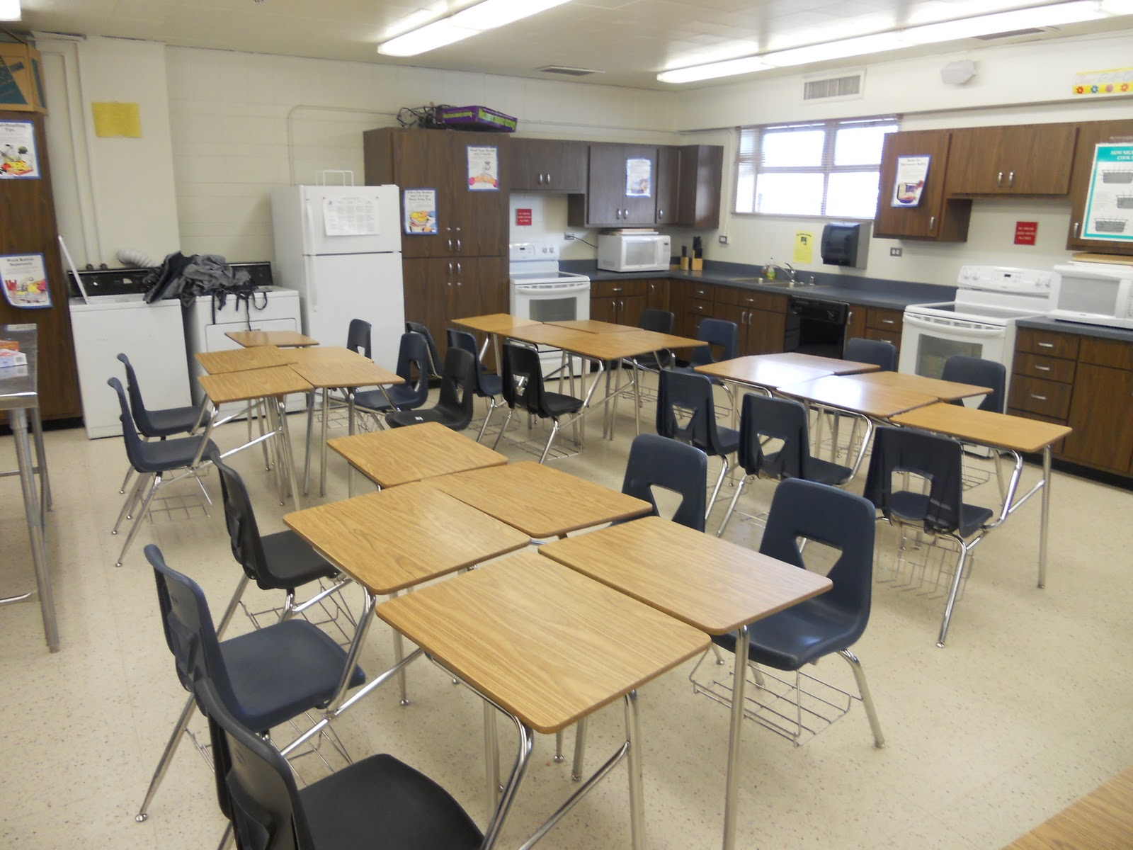 Collaborative Setting Classroom ~ Dilworth stem collaborative classroom setting