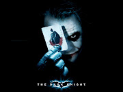 . comienza con el Joker asesinando a Robin