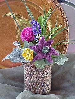 crochet flower lily vase tweed