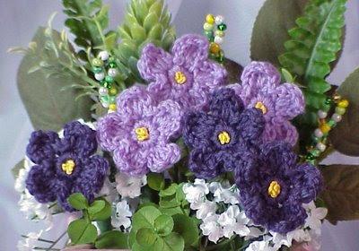 crochet violet flower vase