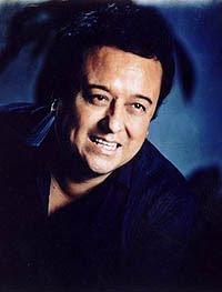 Cantante Lucho Barrios