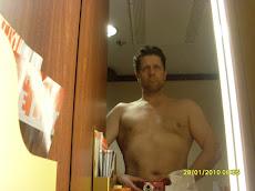 Katsokaa perkele peiliin ja mitä näette! Onko siellä demlajuristi vai suomalainen asiallanne