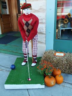 pumpkin golfer