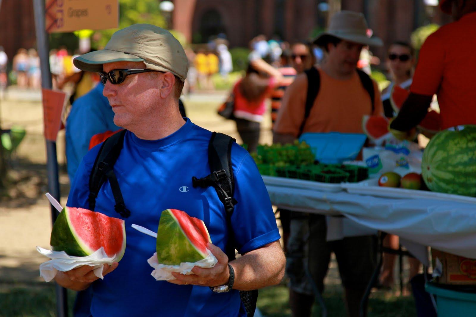 http://3.bp.blogspot.com/_tcD8N36OwG0/TG3ieRHOhUI/AAAAAAAABi8/MFui_hSZBEU/s1600/Watermelon%2Bat%2BArabbers.jpg