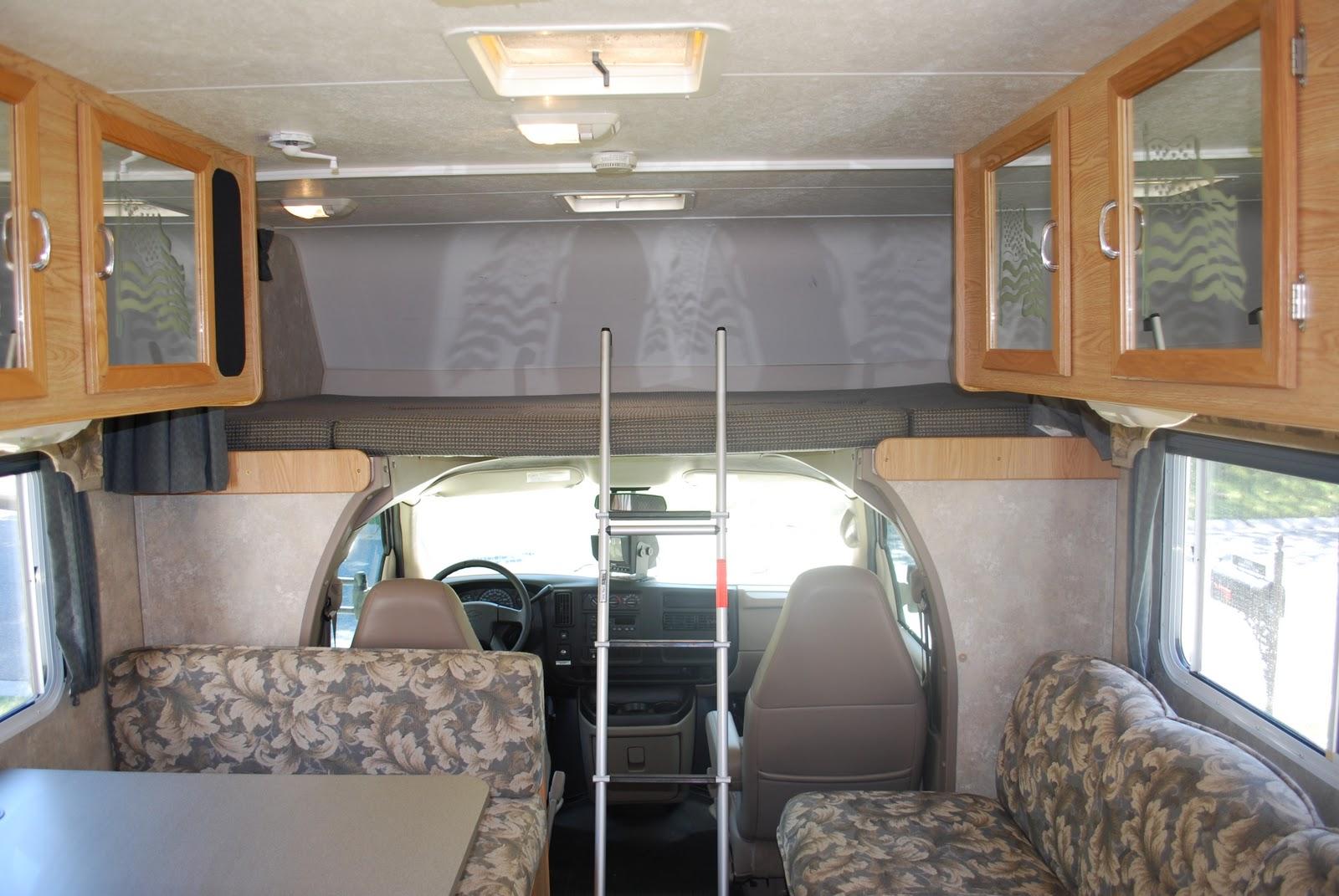 2005 31 Class C Coachmen Freedom Sold 24 500