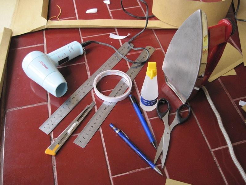 Peralatan pembuatan maket