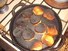 Tostadas quemadas de típica adolescente argentina