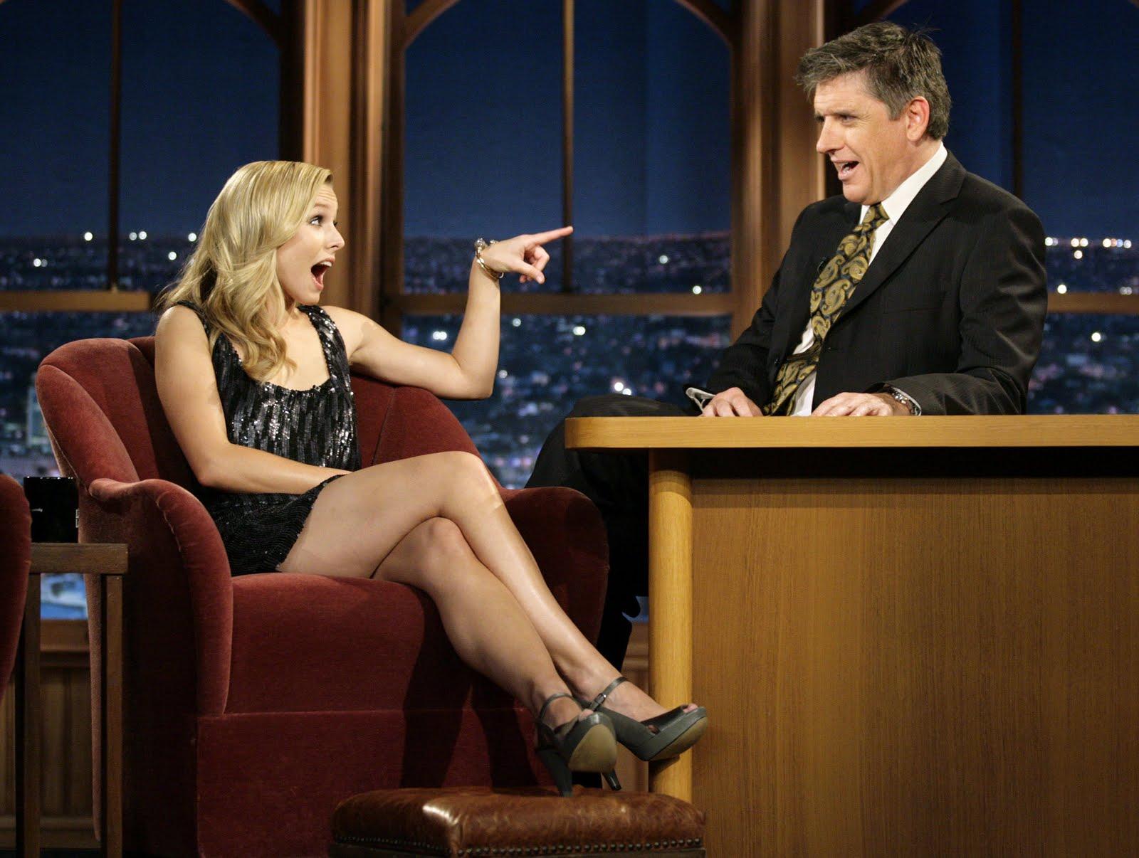 http://3.bp.blogspot.com/_te_-NCYOffc/TJL5EyY3BpI/AAAAAAAAC2M/gbmmpLkEW7s/s1600/Kristen_Bell_sexy_legs_1.jpg
