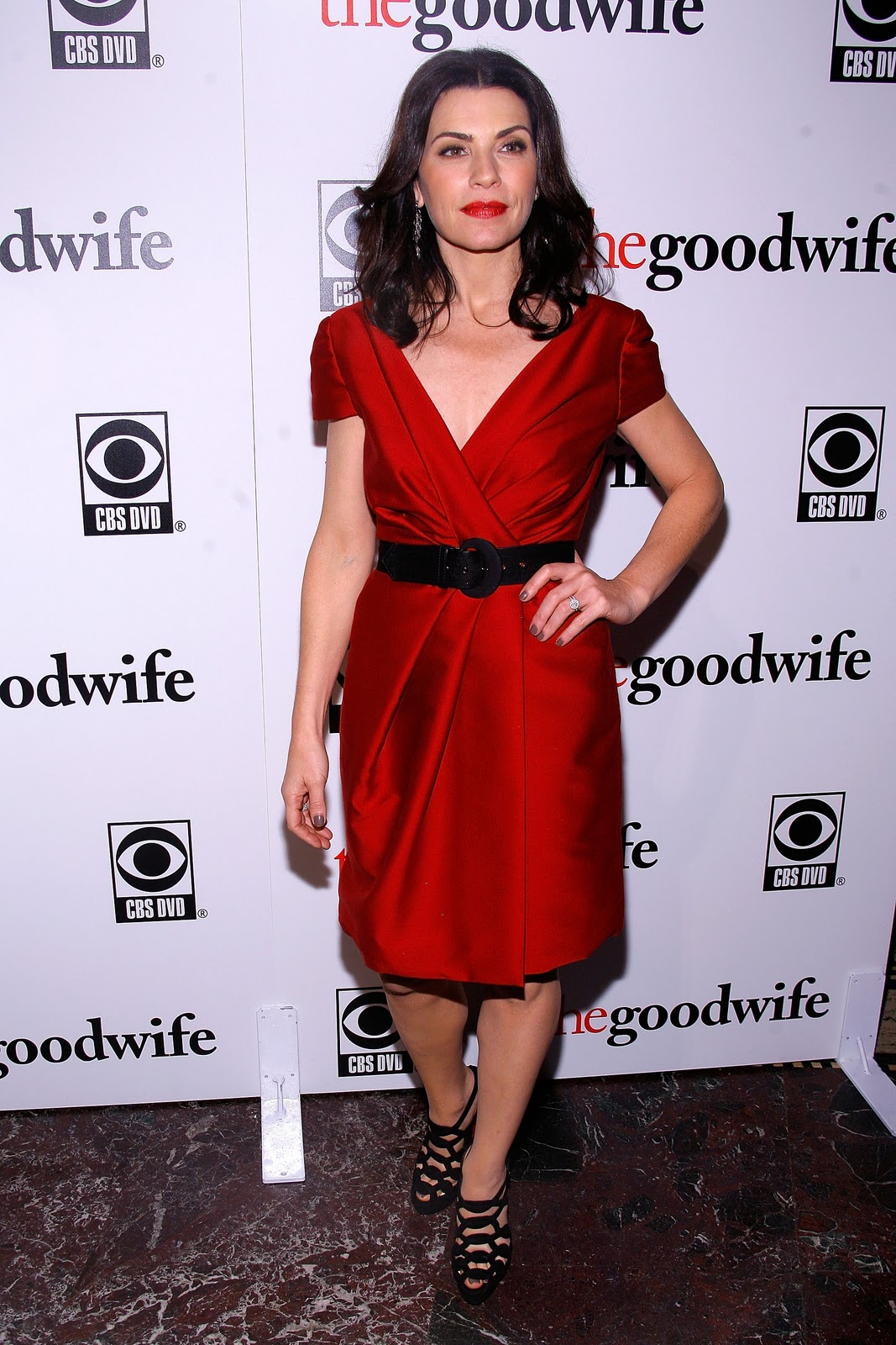 http://3.bp.blogspot.com/_te_-NCYOffc/TKtq39u52YI/AAAAAAAADMk/Y4YYe7SViKU/s1600/Julianna-Margulies-The-Good-Wife-2.jpg