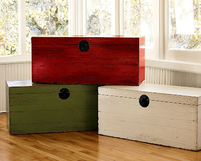 three trunks - green, red, white