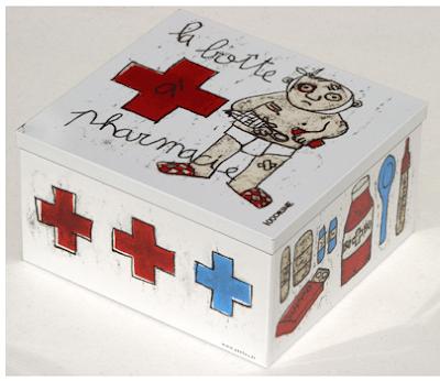 la boite a pharmacie - first aid box