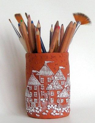 clay pencil / pen cup