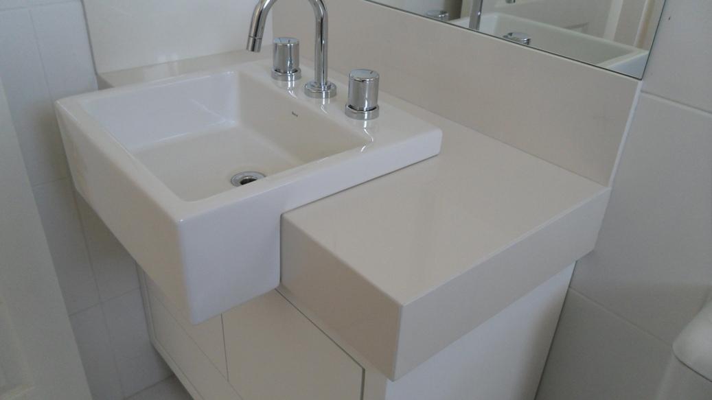 Bel Taglio , cortes especiais em porcelanato Pia de semiencaixe -> Pia Banheiro Semi Encaixe