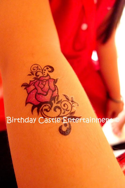 Glitter Tattoo title=