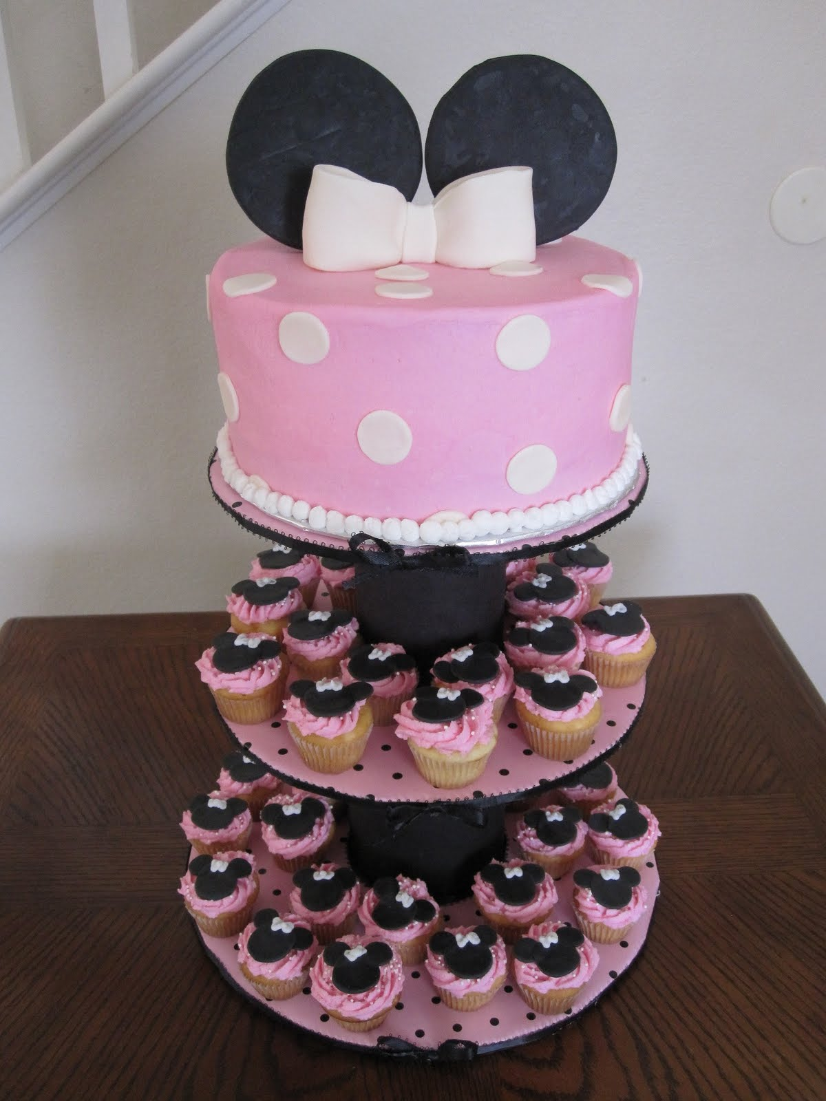 Baby Shower Cakes Minnie Mouse Cake Cupcakes & Stand