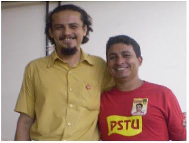 FOTO NA UFPA. PROFº. HISTÓRIA BRUNO E CLEBER/PSTU (CANDIDATO A GOVERNADOR EM 2010). SETEMBRO-2010.