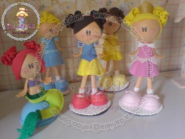 decoracao para jardim de infancia:Uma nova versão das Princesas Disney,cabelinho pompom,meias e sapatos