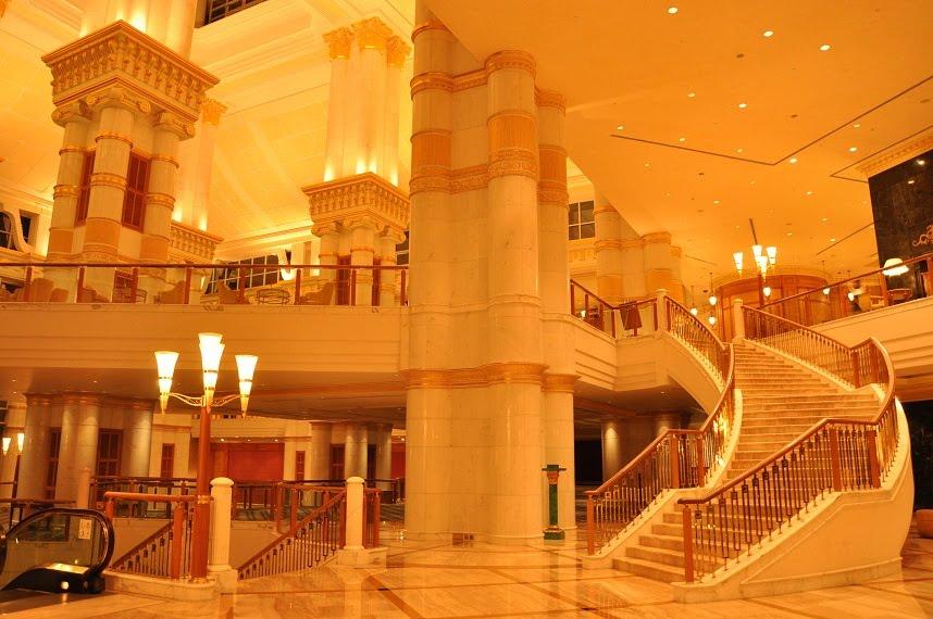 Kt S Milestone Audi R8 Empire Hotel Brunei