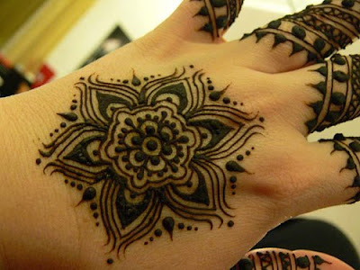 Flower Tattoo Picture on Pakistan Cricket Player  Henna Flower Designs
