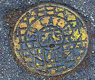 SoCal Gas Sewer Cover (c) David Ocker