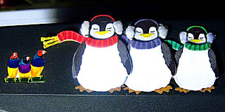 Viewsonic Finches and Christmas Penguins