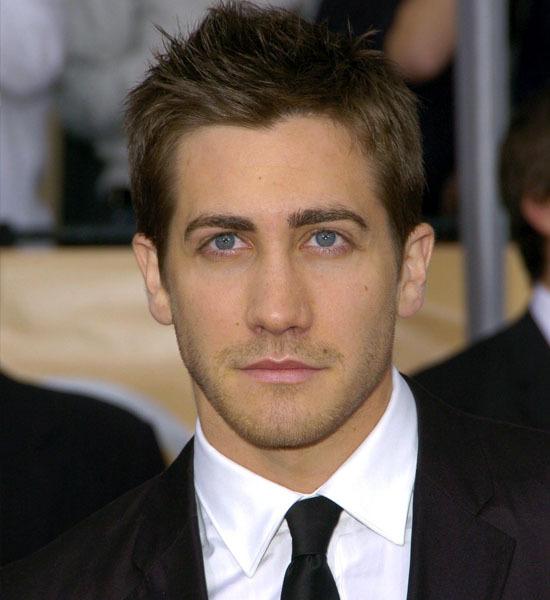 http://3.bp.blogspot.com/_tkoVzDFHm_I/TASnih4mCDI/AAAAAAAAAyA/IvjcV6HRw30/s1600/Jake-Gyllenhaal_0.jpg