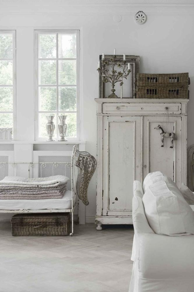 jeanne d 39 arc living version automne l 39 armoire de camille. Black Bedroom Furniture Sets. Home Design Ideas