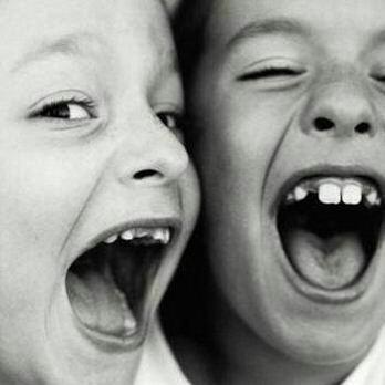 [sorriso_bomhumor_criancas.htm]