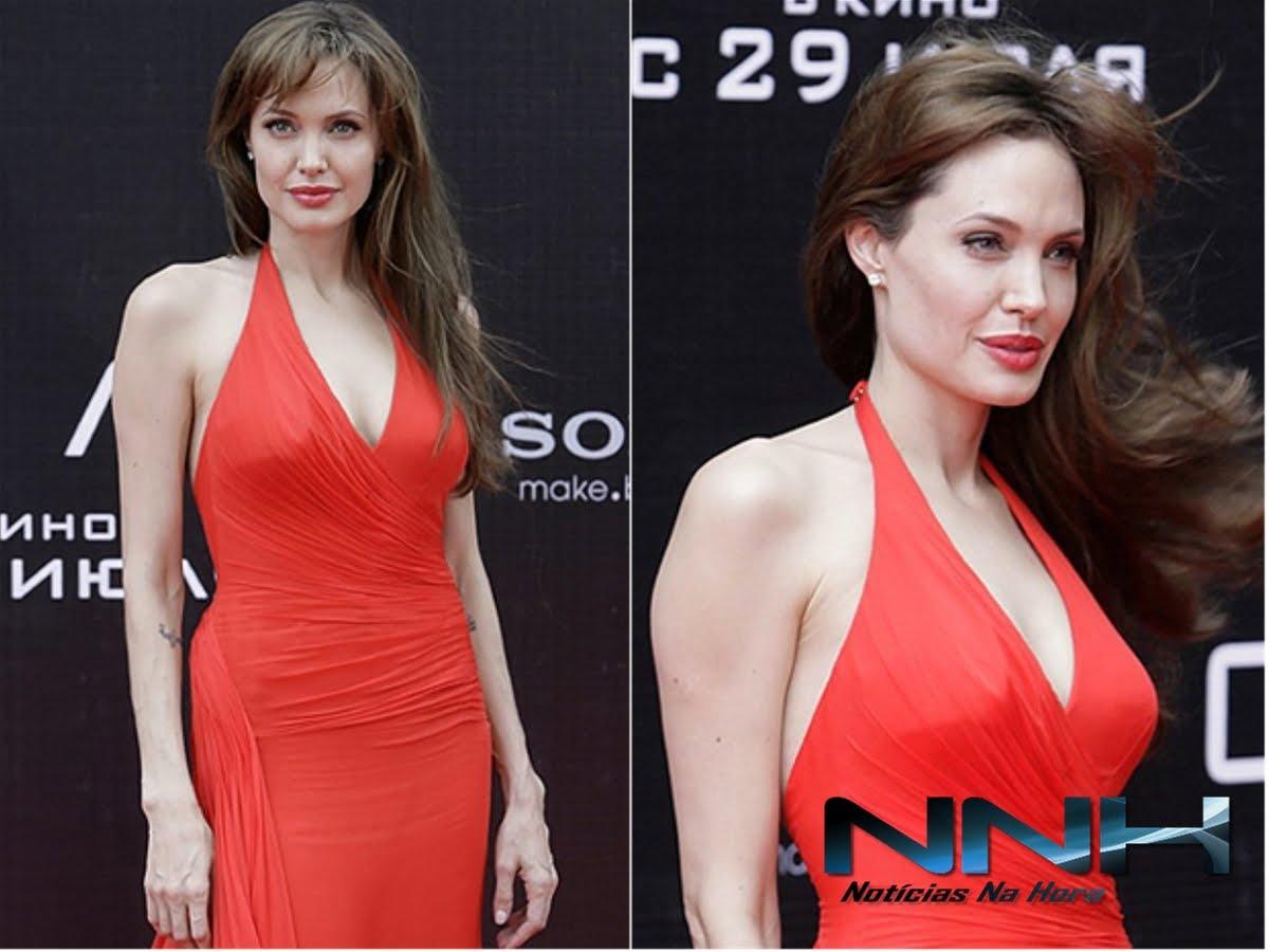 http://3.bp.blogspot.com/_tlk1o4abkFQ/TEzchSkHyEI/AAAAAAAAASQ/_BkRsk1Fq9c/s1600/angelina+jolie+1.jpg