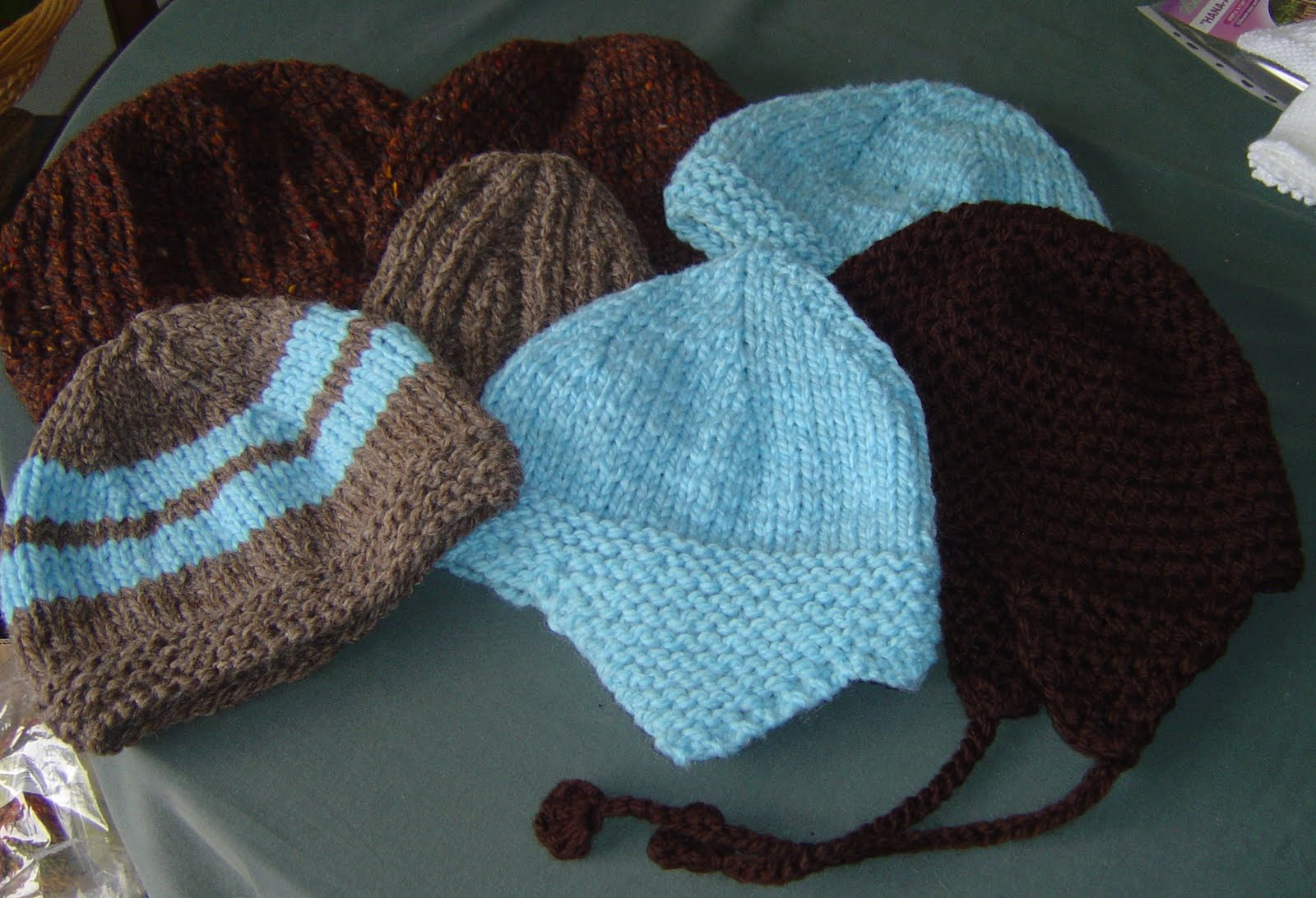 Crocheting For The Homeless : Enthusiastic crochetoholic: January 2011