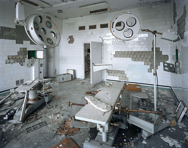 polidori_pripyat_operating_room_126_lg.j