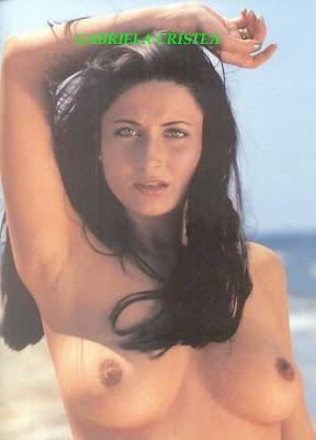 Gabriela Cristea Goala Pe Plaja