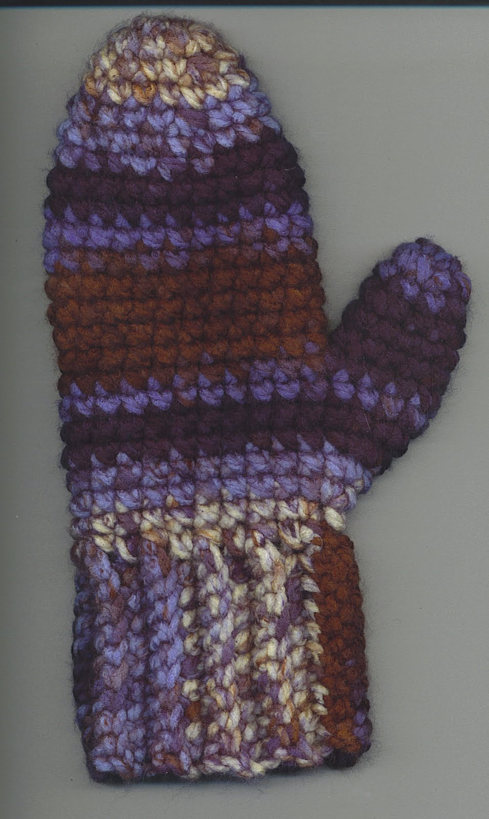 made these mittens with chunky worst weight yarn and a size I hook ...