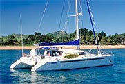 Charter Catamaran Blue Note