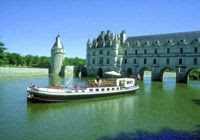 Cruise the Loire valley with French Hotel Barge NYMPHEA. Book with ParadiseConnections.com