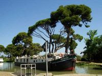 French Hotel Barge EMMA - Canal du Midi, Provence & Camargue France - Book with ParadiseConnections.com