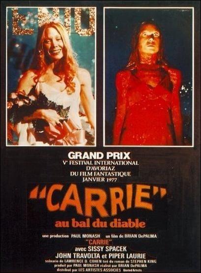 Étrange ressemblance - Page 7 Carrie_film