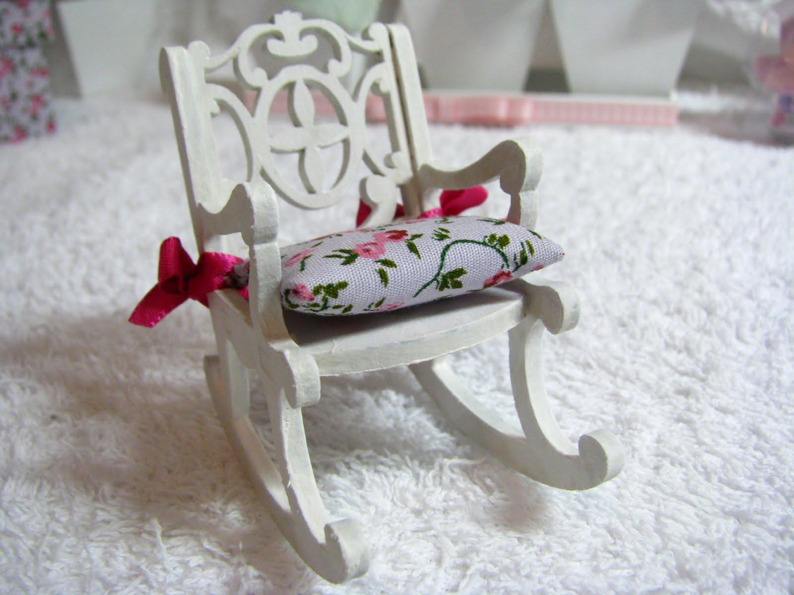 mini cadeira de balanço para morgana de santa maria rs mais  #72242F 1600x1200