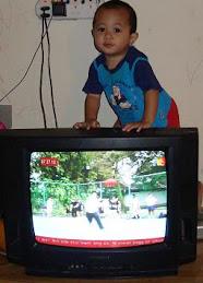 Abdul Azim Tengok TV